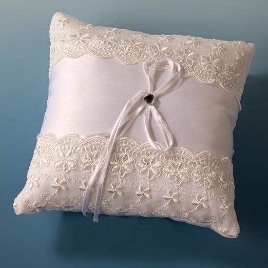 Coj n anillos boda blanco marfil for Cojines para cama de matrimonio