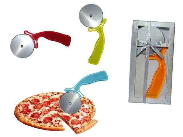 >> IMAGENES ENCADENADAS << - Página 18 Corta-pizzas-en-caja-regalo-con-lazo-1-3668